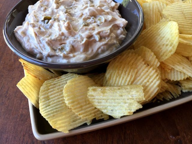 green-chile-onion-dip2
