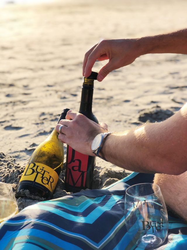 Here's everything you need to have the perfect beach date night.